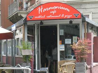 Harmonium Cafè